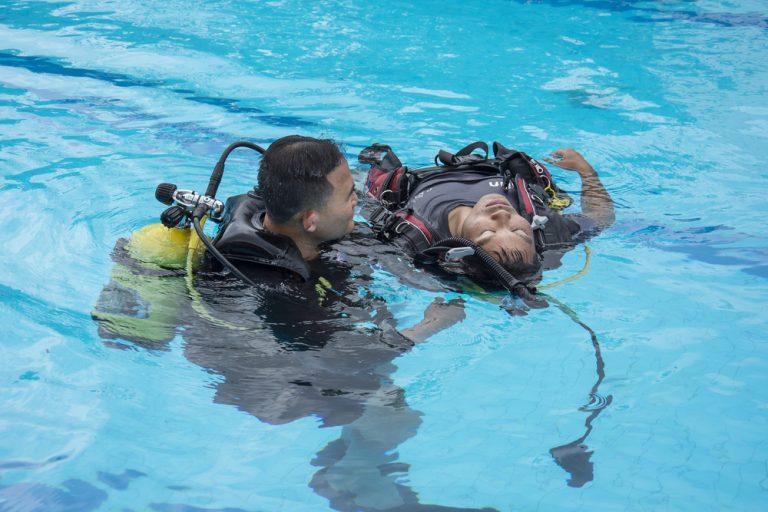 curso de rescate, piscina