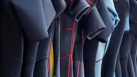 elegir traje de buceo, portada